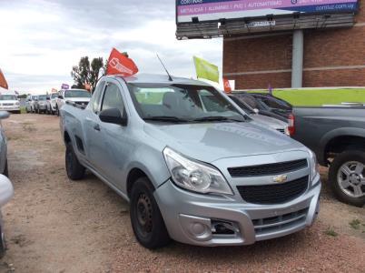 Vehículo - Chevrolet Montana 2012